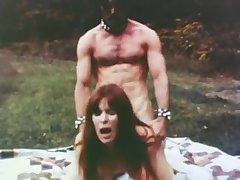 The Devil Median Her - 1977