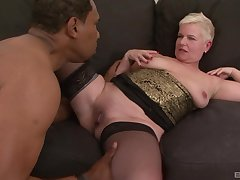 Mature short haired blonde DD gets cum on complexion foreign a black guy