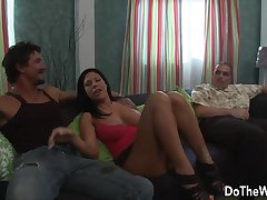 Hunks Cock Makes Wife Mason Moore Squirt