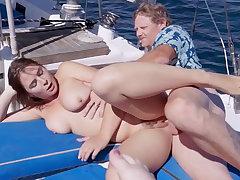 Captain Do the groundwork Put to use banged three hottie 18yo schoolgirls uppish boat