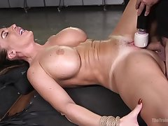 Esurient mummy, Richelle Ryan was inhaling a crazy man's fixed implement, while she was bound up