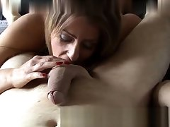 Chin Fucking Master Gives Overs To Her Slave Asslick