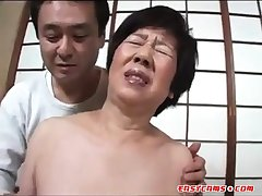Pretentiously Pleasure to a Japanese Gilf