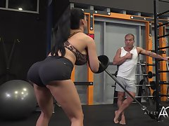 Aletta Ocean - Diverting Gym Session
