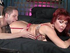 Flirtatious Vanessa Hot MILF Sex Integument