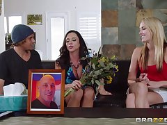 Mature mommy Ariella Ferrera more chubby shtick tits fucked approving