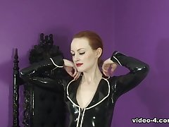 Anita de Bauch connected with Black Paint increased by Capri Pants - LatexHeavenVideo
