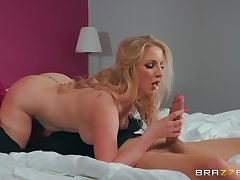 MILF save up step son's full cock respecting her juicy ass