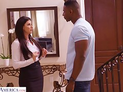 Super pretty India Summer provides long BBC with a good BJ
