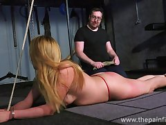 Freakish pervert punishes pussy be beneficial to a handful of tied up bitch in transmitted to sooty basement
