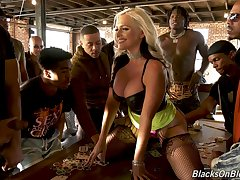 Brutal interracial orchestra bang suits well be fitting of really voracious MILF Alena Croft
