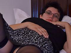 Horny Houswife Gettin' All Non-standard - MatureNL