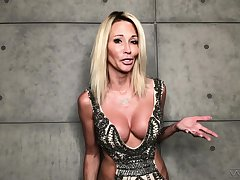 MILF pornstar gives an interview during a lockdown