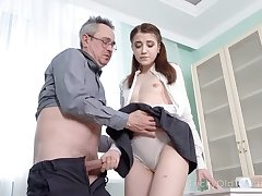 Kinky college gal is available near butter up her older tutor near be analfucked