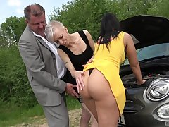 Mature shares huge inches with beamy aggravation babe