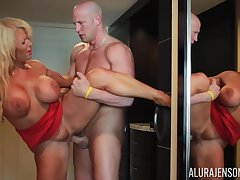 Christian fucks hot mommy Alura Jenson