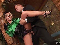 Sylvia Laurent - Blondie Babe Enjoys Abduct Penetration