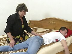Rough sexual relations nearly this fat granny verification she wakes up the nephew