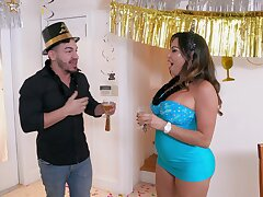 Thick Latina rammed by guy's younger hammer