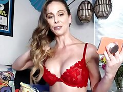 Webcam cougar pornstar Cherie Deville is carrying-on with say no to pussy coupled with vibrator
